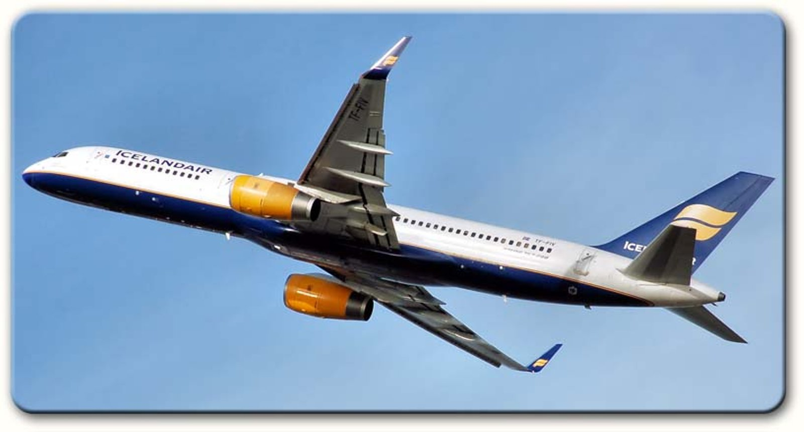 icelandair_b757-800w-shadow.jpg